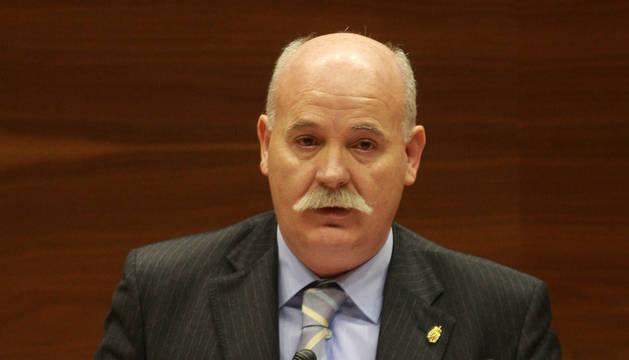 Gómez, durante una intervención en su etapa de parlamentario.