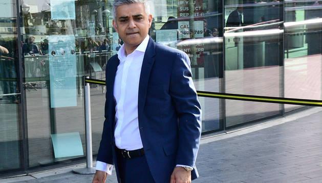Corbyn da por hecha la victoria del laborista Khan a la alcaldía de Londres