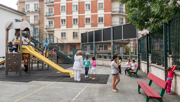Colegio Víctor Pradera.
