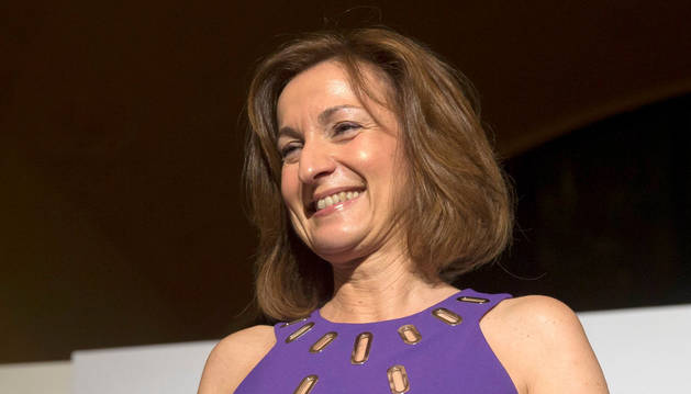 La escritora madrileña Paloma Sánchez-Garnica recoge el galardón de los premios Fernando Lara.