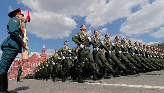 Rusia ensaya el Desfile de la Victoria sobre la Alemania Nazi, que se celebrará el domingo.
