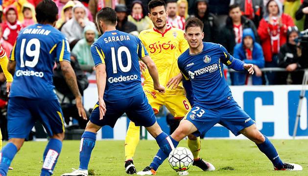 Getafe y Sporting dejan los deberes para el último día (1-1)