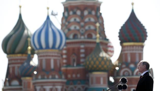 Moscú hace alarde de sus tropas en el aniversario del triunfo sobre los nazis