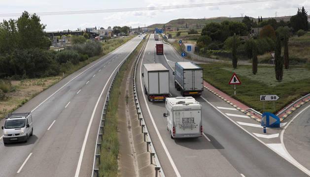 Un herido en un accidente entre dos camiones a la altura de Tudela