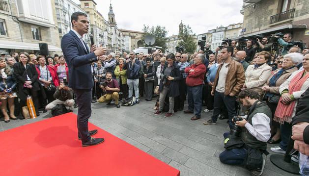 Sánchez pide concentrar los votos en el PSOE para ganar al PP