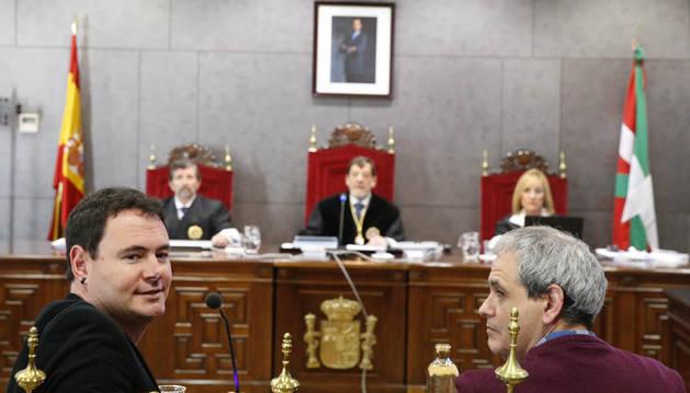 Hasier Arraiz (Sortu) reconoce al juez la acusación y el daño a las víctimas