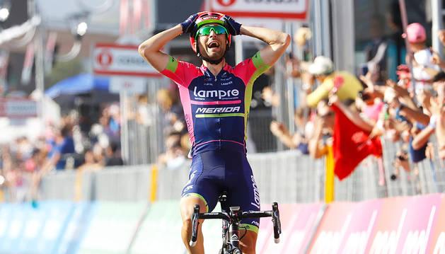 Ulissi gana la cuarta etapa y Dumoulin recupera el liderato
