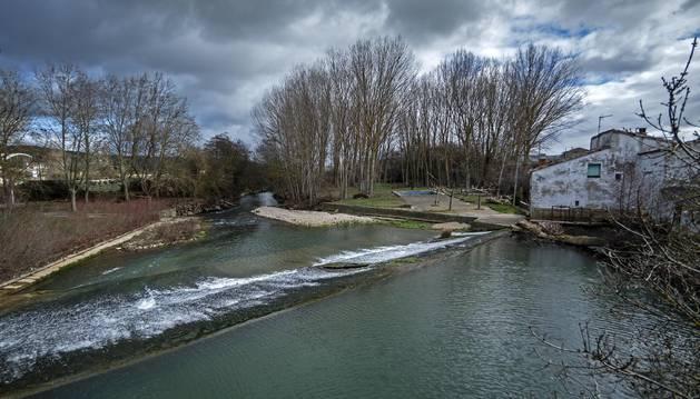 Gobierno y Mancomunidad irán de la mano en el estudio del agua de Lóquiz