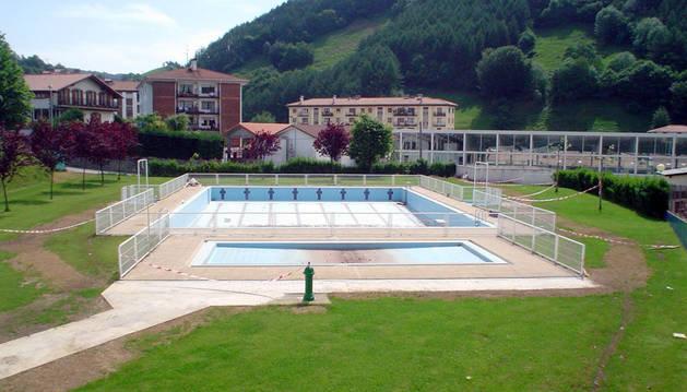 Detalle de las piscinas de Leitza, que gestionará a partir de ahora la sociedad pública Anikote S.L.