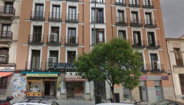 Un hombre muere degollado en un piso de la calle San Bernardo, en Madrid