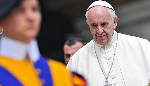 El Papa estudia autorizar a las mujeres a ser diáconas