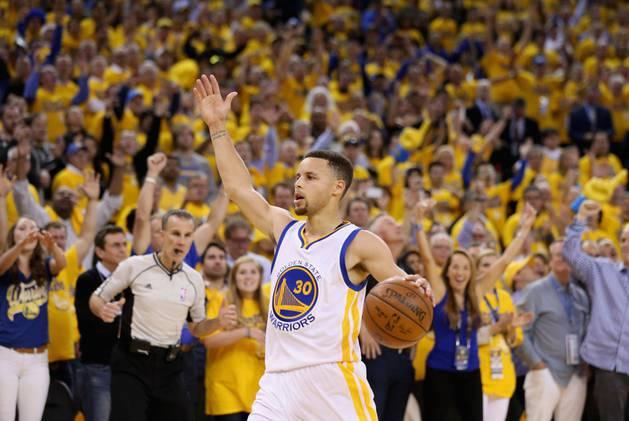 Curry, contra Portland.