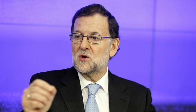 Rajoy se ofrece como garantía frente a