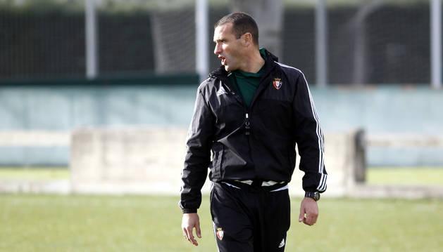 José Manuel Mateo, durante un entrenamiento con Osasuna Promesas.