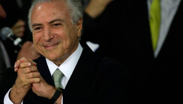 Temer anuncia un gabinete más escorado a la derecha que el de Rousseff