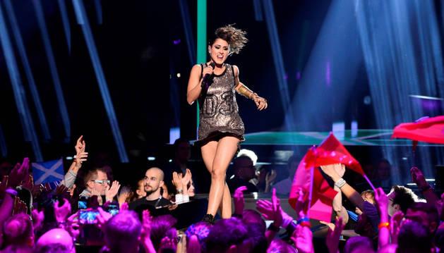 Barei, en un ensayo de Eurovisión.
