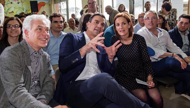 Jesús Mari Fernández, Pedro Sánchez y María Chivite.