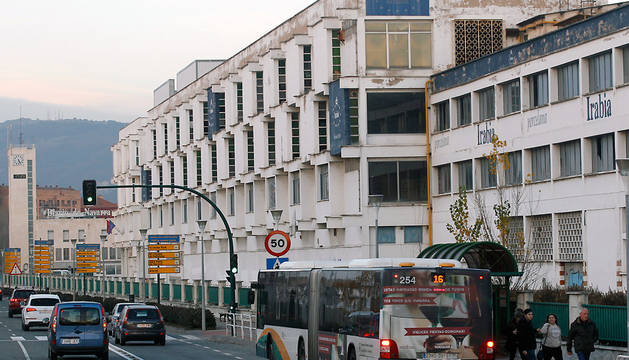 Antigua fábrica de Superser, cuyo último uso fue para una empresa de azulejos.