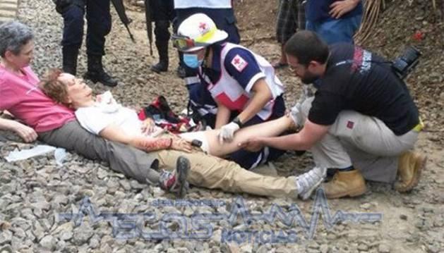 Una reportera española está fuera de peligro tras ser golpeada por tren en México