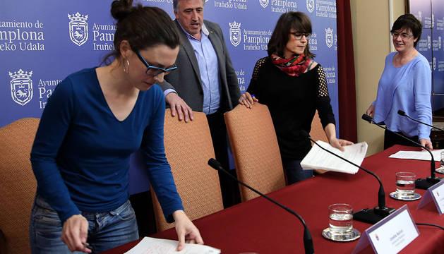 Laura Berro, Joseba Asiron, Maider Beloki y Edurne Eguino.