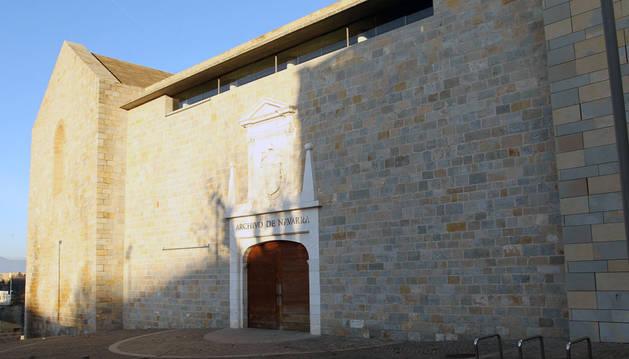 Fachada del Archivo de Navarra.