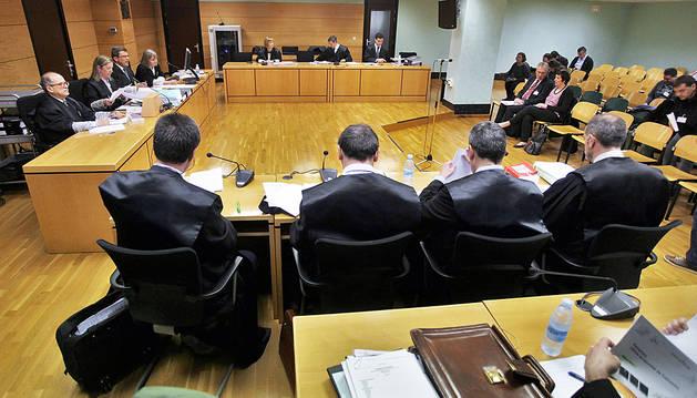 Visto para sentencia el juicio contra el ERE con 123 despidos en TRW