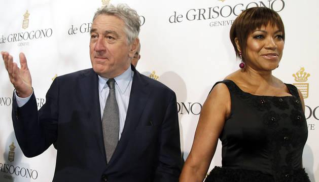 Robert De Niro y su mujer, Grace Hightower De Niro, en Cannes.