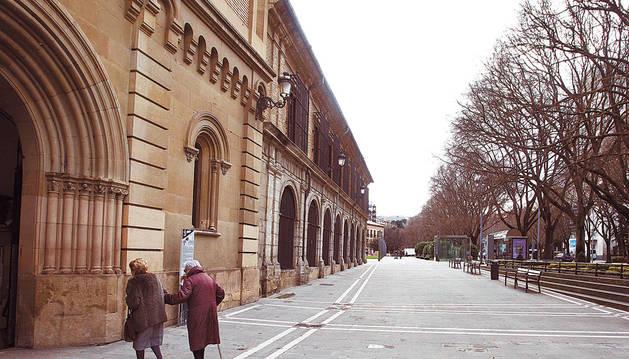 Relevo en la parroquia de San Lorenzo de Pamplona