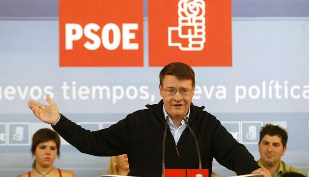 Jordi Sevilla, en una imagen tomada en Navarra en 2006.