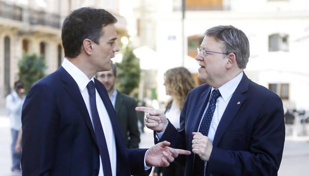 Sánchez convoca a los barones del PSOE a un acto para sacar músculo