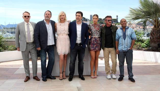 Jared Harris, Jean Reno, Charlize Theron, Javier Bardem, Adele Exarchopoulos, Sean Penn y Zubin Cooper, en Cannes.