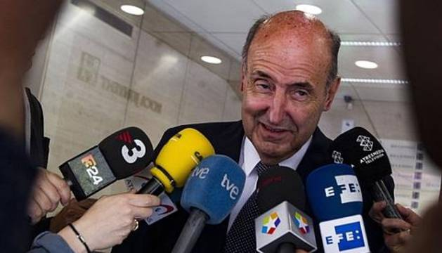 Miquel Roca.
