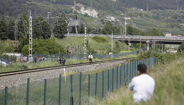 Fallece una niña arrollada por un tren junto al polígono de Agustinos