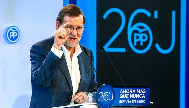 El presidente del Gobierno en funciones y candidato del PP a la reelección, Mariano Rajoy, en un momento de su intervención en Durango.