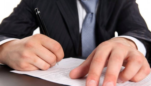 Más de la mitad de los contratos fijos de apoyo a emprendedores no supera el año de duración