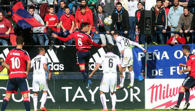 Mikel Merino remata de cabeza a la red del Numancia en el minuto 88. Era el gol del triunfo.