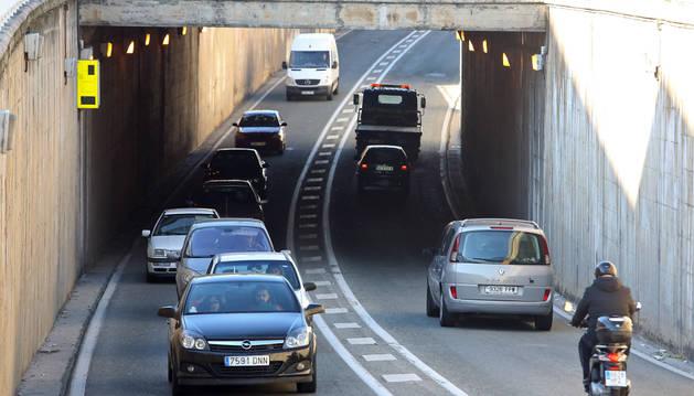 Vehículos transitando por el túnel de la variante, bajo Pío XII, donde se produjo el incidente.