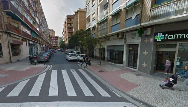 Los hechos han tenido lugar en la calle Mosquetera.