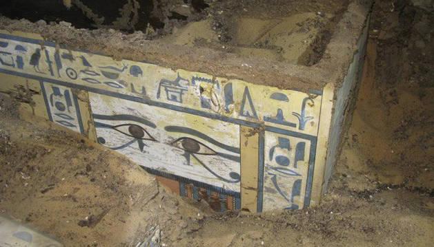 Arqueólogos españoles hallan la momia de una dama faraónica en Asuán