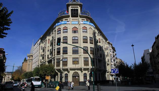 Fachada del edificio situado en la avenida de San Ignacio.