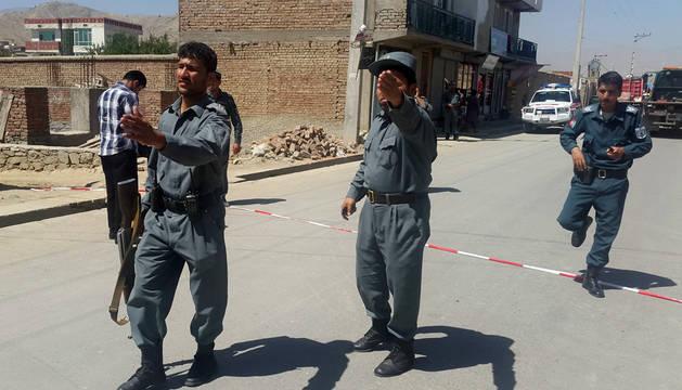 Al menos 10 muertos y cuatro heridos en un atentado suicida en Kabul