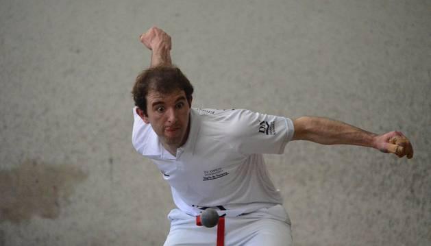 Xuban Armendáriz se coronó ayer como tricampeón del Open Manomanista.