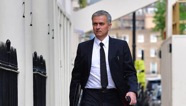 Mourinho, nuevo entrenador del Manchester United para las próximas tres temporadas