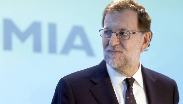 Rajoy prefiere un pacto con el PSOE antes que gobernar en minoría