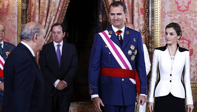 El Rey rinde homenaje a los militares españoles fallecidos en misiones de paz