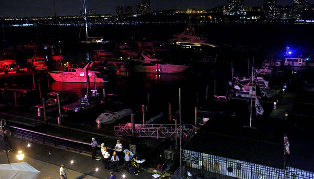 Fallece un piloto al caer un pequeño avión de la II Guerra Mundial al río Hudson