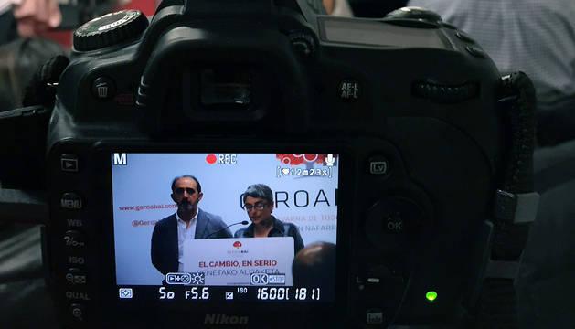 Anika Luján y Daniel Innerarity, durante la rueda de prensa de este martes.