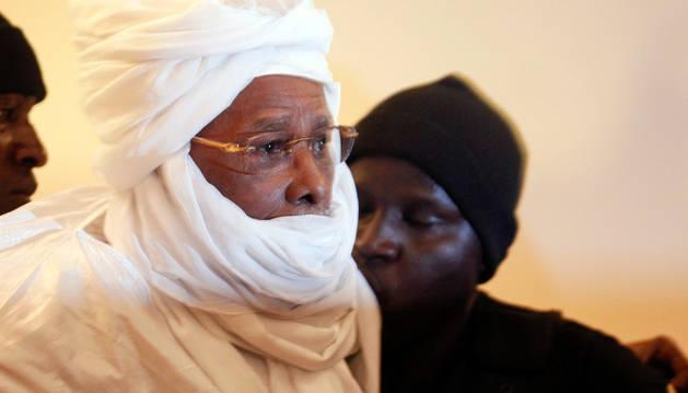 Fotografía de archivo que muestra al exlíder de Chad Hissène Habré.