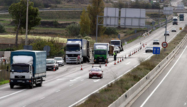 Fallece un chófer de Larumbe (Iza) atropellado por un camión en Sagunto