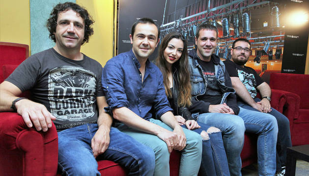 De izq a dcha: Iñaki de Castro, Juan Gaínza, Olaia Lamata, Gabriel Gaínza y Julen Giménez.